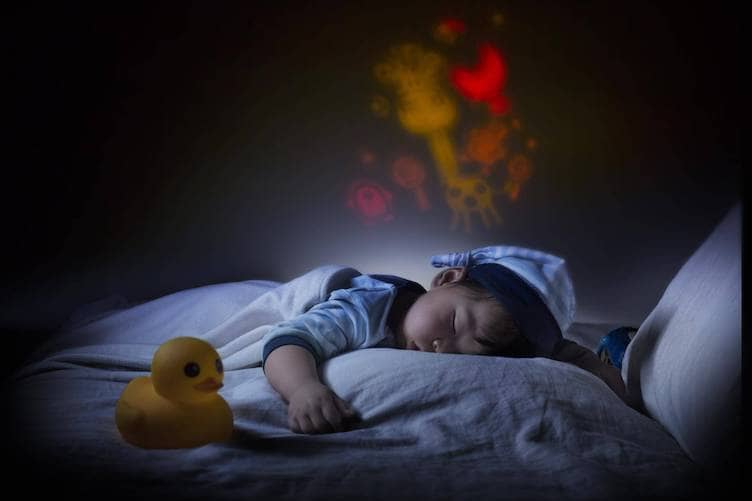 Baby's Room Lights: 5 Tips to Get Your Baby to Sleep